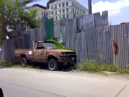 oldcar2.jpg